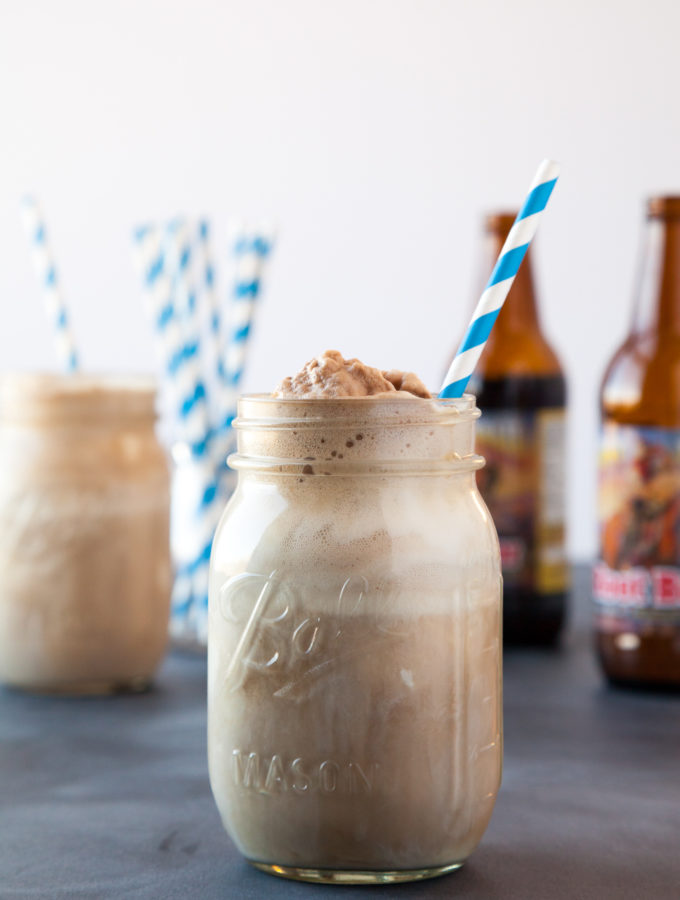 Delicious Old Fashioned Root Beer Floats