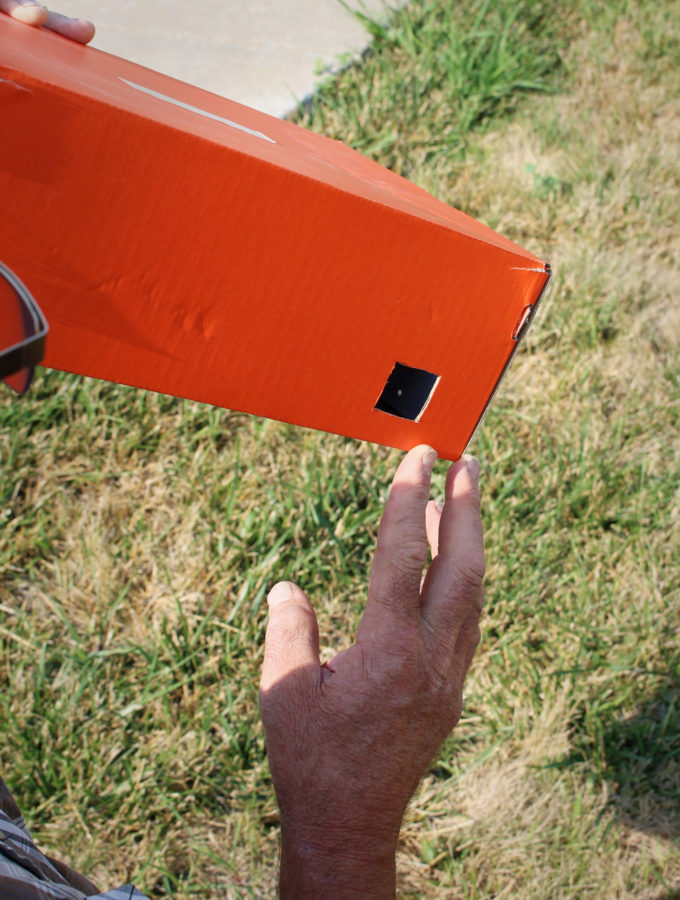 DIY Safe Solar Eclipse Pinhole Projector