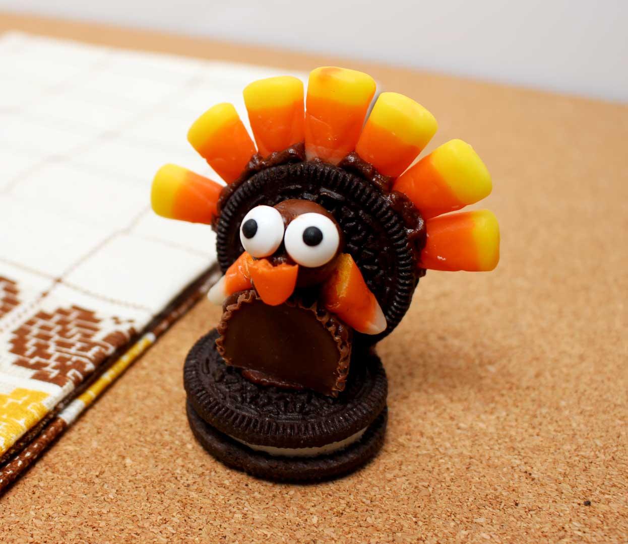 Turkey Table Favors